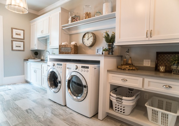 custom homes laundry room